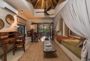 Bush Lodge Luxury Suite Lounge LR