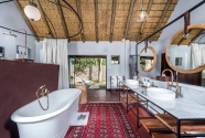 Selati-Camp---Ivory-Presidential-Suite-Bathroom