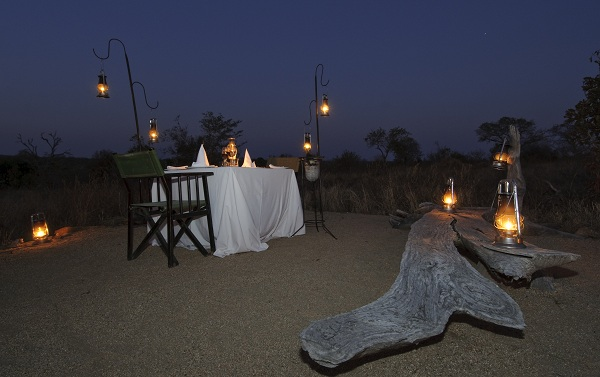 earth lodge private dinning at sabi sabi