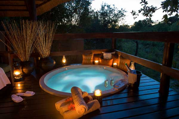 Little Bush Camp Romantic Spa
