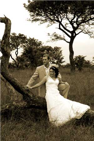 stephan and chantelle greeff at sabi sabi for a wedding